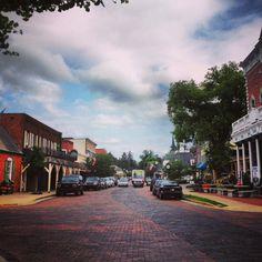 charming Zionsville, IN
