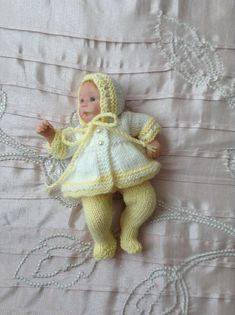 """Hand knitted dolls clothes to fit 6"""" Ooak baby doll/clay baby"""