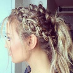 my new favourite hair/ Perrie Edwards