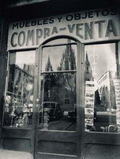 "Francesc Català-Roca / ""Reflejo de la catedral"", 1950 / Fundación Foto colectania"