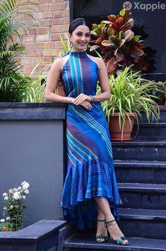 Kiara Advani, Celebrity Gallery, Latest Images, Actress Photos, Beautiful Actresses, Indian Actresses, Wrap Dress, Interview, Saree