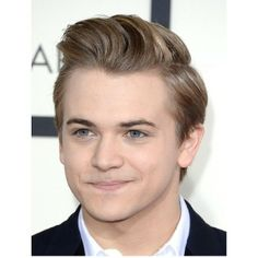 Hunter Hayes at the Grammys. OMGOODNESS COULD ANYONE IN THE WORLD BE ANY MORE ADORABLE???!!!