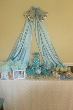 Candy Bar - Cinderella Bags, Blue Candy, & Framed Invitation topped with a blue satin swag and silver bells. Birthday Games, Birthday Favors, 3rd Birthday, Birthday Parties, Cinderella Decorations, Cinderella Birthday, Disney Princess Party, Blue Candy, Party Planning