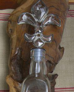 Clear Glass Bottles Fleur De Lys Top