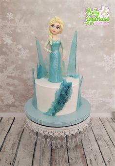 Bety' Sugarland - Cake Design by Elisabete Caseiro Cake Design, Elsa, Disney Princess, Disney Characters, Cakes For Men, Cakes For Boys, Art Cakes, Cake Baby, Tiered Cakes