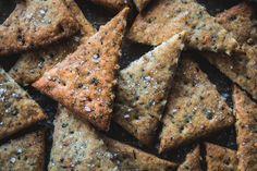 Vegan Sourdough Discard Pizza Crackers Vegan Appetizers, Appetizer Recipes, Sourdough Pizza, Pizza Flavors, Instant Recipes, Recipe Details, Quick Snacks, Pumpkin Recipes, Recipe Using
