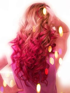Love this pink ombre hair coloring. Thinking about dying my ends again for October.