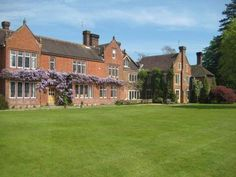 Northfields House in Chichester, Hampshire | 1 property (28/14) ?