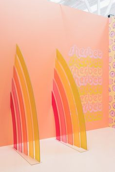 Virtually visit the Museum of Ice Cream in LA with 12 different rooms, each with quirky installations that are right out of Willy Wonka's playbook. Ice Cream Museum, Palette Design, Caran D'ache, New Museum, Environmental Design, Selfies, Retail Design, Event Decor, Cute Wallpapers