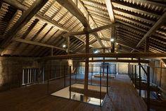https://static.dezeen.com/uploads/2016/10/wine-cellar-gallery-fukuchiyo-sake-brewery-architecture-interior-design-renovation-conversion-kashima-japan_dezeen_1704_col_5-852x568.jpg