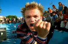 Music video by Sum 41 performing In Too Deep. (C) 2001 The Island Def Jam Music Group Sum 41 Lyrics, Pop Punk Bands, Good Charlotte, Popular Bands, My Chemical Romance, Punk Rock, New Music, Rock And Roll, Emo
