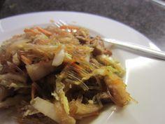 Die Welt in meinem Topf: Pancit - Philippinische Nudeln mit Fleisch