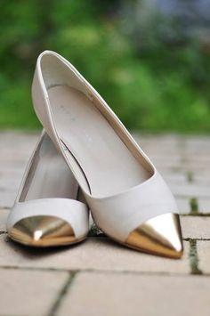 DIY Shoe Makeover Painted Gold Tip