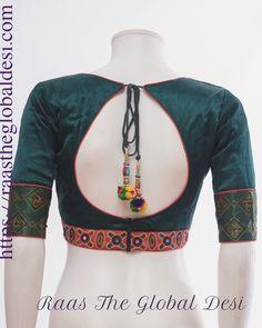 New Saree Blouse Designs, Blouse Designs High Neck, Blouse Designs Catalogue, Simple Blouse Designs, Stylish Blouse Design, Indian Outfits, India Fashion, Women's Fashion, Lehenga Gown