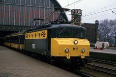 Amsterdam, Dutch, Trains, Om, Historia, Netherlands, Dutch Language, Train