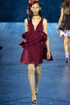 Mary Katrantzou Spring 2016 Ready-to-Wear Collection Photos - Vogue