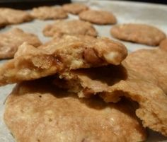 Caramel Macadamia Nut Biscuits: Brown sugar makes these biscuits extra yummy!. http://www.bakers-corner.com.au/recipes/cookies/caramel-macadamia-nut-biscuits/