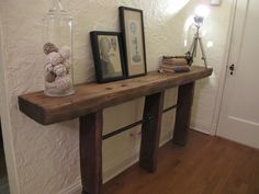 DIY Reclaimed Wood and Pipe Table