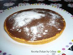 COCA CON CHOCOLATE Ingredientes: 2 huevos, 1 yogur de limón , 1 sobre levadura, 3 cucharadas soperas de edulcorante en polvo apto para coc...