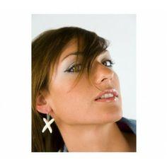 Pendientes Silvia Llorente Cruz Perla www.tutunca.es/pendientes-silvia-llorente-perlas# Drop Earrings, Jewelry, Fashion, Pearls, Earrings, Moda, Jewlery, Jewerly, Fashion Styles