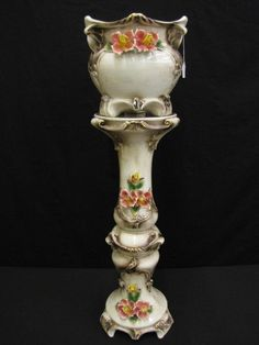 Capodimonte Porcelain Jardiniere with Pedestal Stand