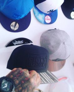 @Hatrack_FR: #hatrack #unik #capholder #For #best #Cap #capsandhats  #Handmade #madeinfrance #cap #Snap https://t.co/qD7zd17Chd https://t.co/eEOO2lIlsU