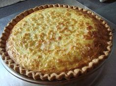 Christmas Quiche Serves 8 or 16 ***this makes a very full deep dish quiche or two smaller quiches in a pie crust*** 3 C Swiss cheese strips bacon (cooked and crumbled) 3 T green onions (sl. Xmas Food, Christmas Desserts, Christmas Brunch, Christmas Foods, Holiday Foods, Christmas Morning, Holiday Fun, Christmas Holidays, Bacon And Cheese Quiche