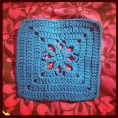 Ella Rose square ~ free pattern