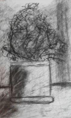 Martwa natura. Technika: węgiel rysunkowy