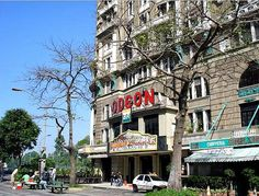 Amo ♥ O Cinema Odeon foi local de muitos encontros entre amigos no Rio de  Janeiro 46faad50c2