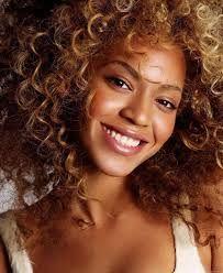 coiffure de Beyonce http://www.mp3-arabe.com