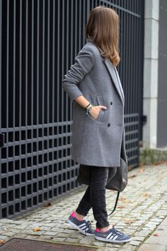 Fashion and style: Structured gray coat