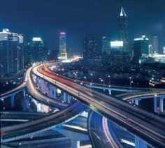 China construieste 300.000 Km de drumuri in 2 ani