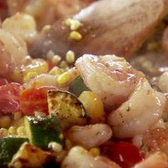 Shrimp Stir-Fry from Ree Drummond (The Pioneer Woman) The Pioneer Woman, Pioneer Woman Shrimp, Pioneer Woman Recipes, Pioneer Women, Shrimp Stir Fry, Spicy Shrimp, Butter Shrimp, Ree Drummond, Ceviche