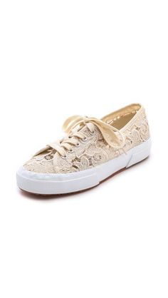 lace sneakers / superga - I grew up in the so of course I love these sneakers. Pretty Shoes, Cute Shoes, Me Too Shoes, Superga Sneakers, Lace Sneakers, Walk In My Shoes, Comfy Shoes, Dream Shoes, Fashion Shoes