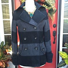"""Gap Black and Grey Pea Coat HP RDOMAL Lined with cotton except for sleeves which are lined in polyester, cotton shell, double-breasted , bust is 36"""" and length is 35"""". No flaws. All buttons in place. Size is medium but runs a little small. GAP Jackets & Coats Pea Coats"""