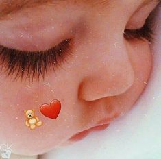 Cute Baby Boy Images, Baby Girl Pictures, Cute Baby Videos, Cute Baby Pictures, Cute Little Baby Girl, Little Babies, Baby Love, Couple With Baby, Baby Tumblr