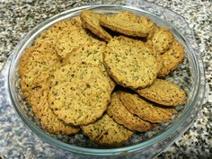 Na Cozinha com os J's: Bolachas de Azeite e Chia Cookies, Desserts, Food, Olive Oil, Wafer Cookies, Cook, Recipes, Crack Crackers, Tailgate Desserts