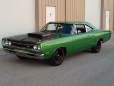 1969 Dodge Coronet Super Bee 1969 Dodge Super Bee 440 Six Pack 4 Speed 410 Dana 60 Plymouth Muscle Cars, Dodge Muscle Cars, Best Muscle Cars, American Muscle Cars, Dodge Super Bee, Dodge Coronet, Cool Cars, Dream Cars, Super Cars