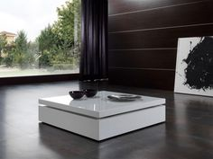 Raf, Contemporary Coffee Table in White or Black High Gloss Finish With Elevating Glass Top