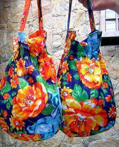 La Reina Madre: sacos de chita com alça bordada Mais