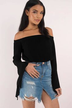 Long Sleeve Shirts, Black, Sonya Off Shoulder Crop Top, Tobi