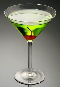 Fake Food Green Apple Martini-Fake Food Green Apple Martini Green Apple Martini - 7 x of orders for this product ship within business days plus transit time.Artificial Food that looks like it tastes great.Replica Food done extremely rig How To Cook Rice, Food To Make, Pro Cook, Cooking Pork Chops, Fake Food, Bar Drinks, Diy Candles, Kitchen Art, Food Items