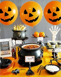 Halloween buffet designs | ... creative halloween chili buffet and there are so many great ideas this Family Halloween Party Ideas, Family Halloween,Halloween Party