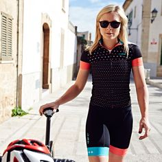 wiggle.com | dhb Women's Blok Micro Short Sleeve Jersey and Shorts - LOVE!