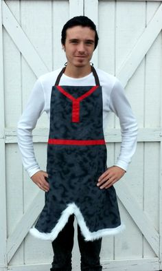 Queen Elizabeth Aprons copyright© 2014 and beyond    SHIPS 1 WEEK AFTER PURCHASE    The perfect outfit for the man in your life! Great for