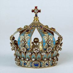 Crown of gold, diamonds, pearls, rubies, sapphires, amethysts, enamel. Provenance unknown.