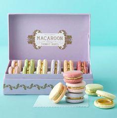Pretty pastel macarons :-) weddings-events