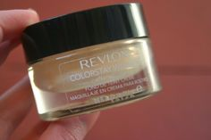 Tails by Daisy: Revlon Foundation Review