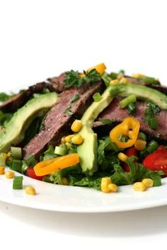 Salad With Steak and Avocado The consumption of salads and vegetables is encouraged on the candida diet. To turn a salad into a meal, add a protein source and some healthy fats. For example, accompany a serving of leafy greens with a 3-oz. piece of sirloin beef and half an avocado. Prepare a simple dressing with 1/2 tbsp. of extra-virgin olive oil, 1/2 tbsp. of your favorite vinegar, salt and pepper.